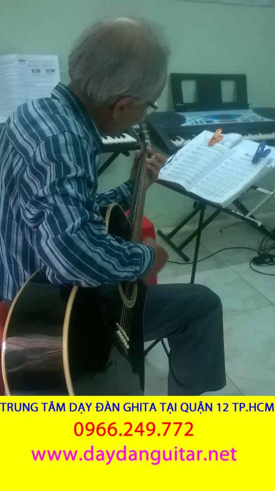 DẠY ĐÀN GUITAR GIÁ RẺ TẠI QUẬN 12 TPHCM
